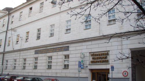 Všeobecná fakultní nemocnice v Praze implementuje personální, mzdový a docházkový systém OKbase