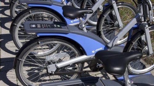 Praha a Brno chtějí pravidla pro elektromobilitu