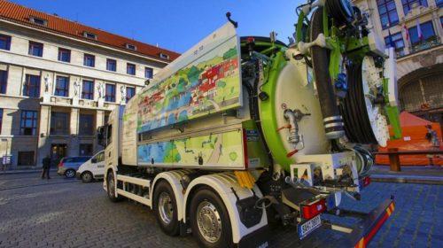 Praha má jako první ve střední Evropě recyklační vůz na bioCNG